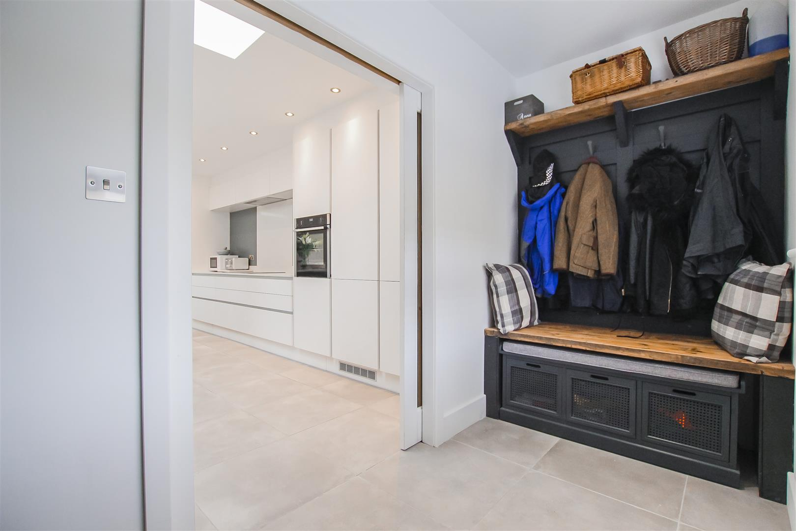 4 Bedroom Detached House For Sale - Image 39
